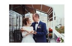 Услуги свадебного видеооператора в Харькове,услуги видеосъемки свадьбы,свадебная видеосъемка